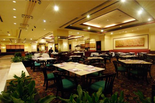 ザ・スルタンジャカルタ img-dining-Lagooncafe.jpg