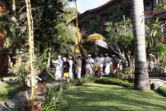 アディダルマ・ホテル 中庭