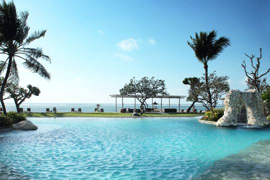 ホテル ニッコー バリ べノアビーチ メインプール