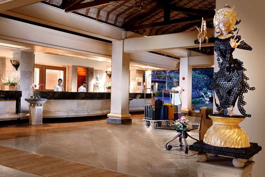 ヌサドゥア ビーチ ホテル & スパ ロビー