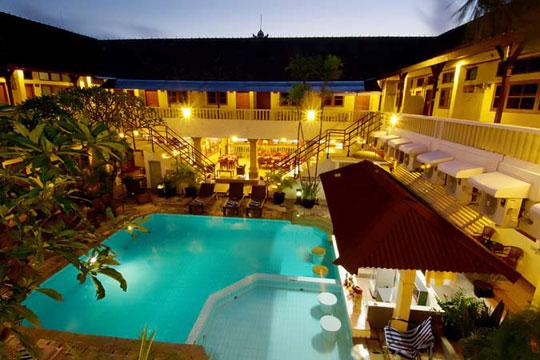 ロサニ ホテル メインプール