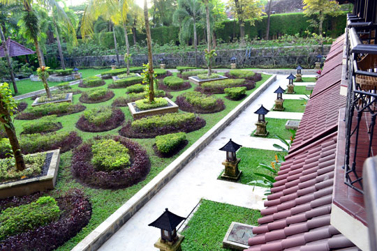シェラトンムスティカジョグジャカルタ 中庭