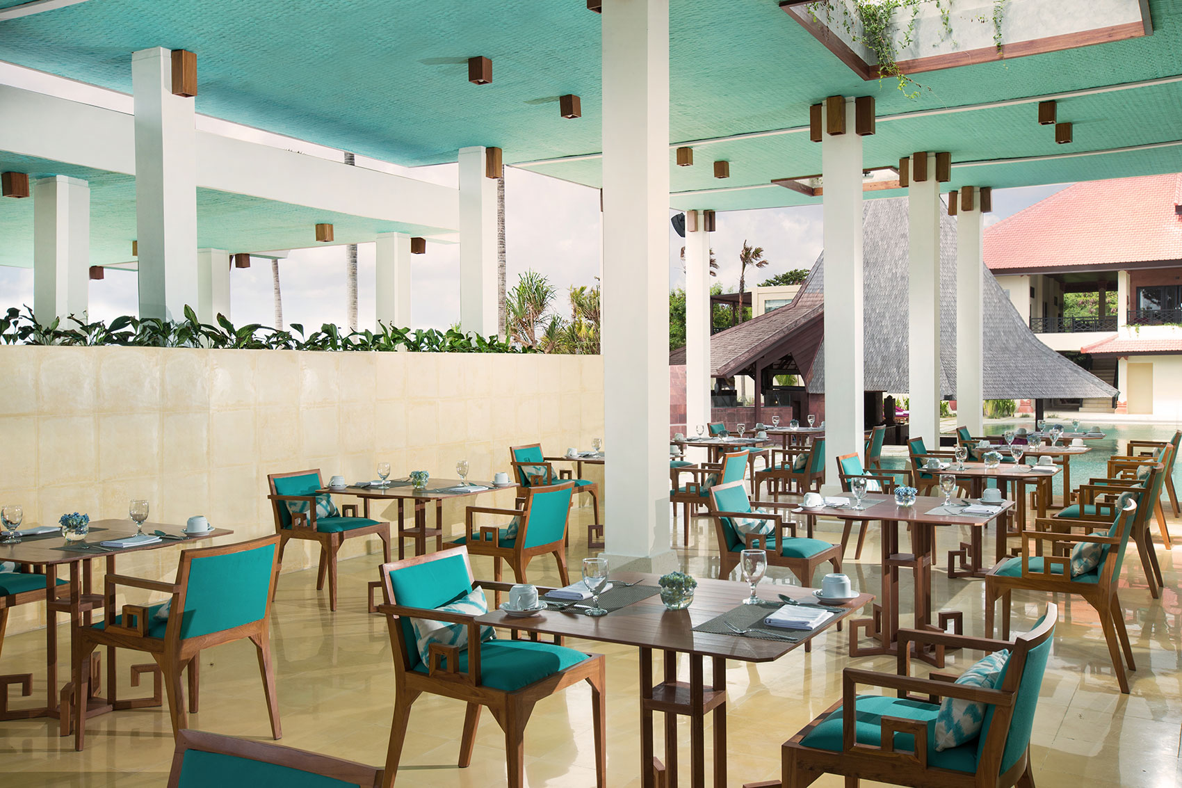 サダラブティックビーチリゾート レストラン