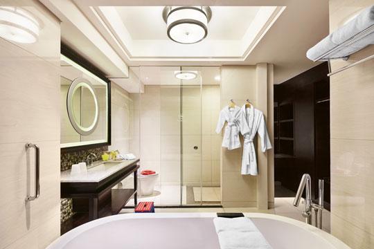 シェラトン・バリ・クタ・リゾート  バスルーム一例.jpg
