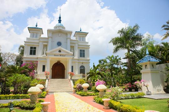 サントミカエル教会